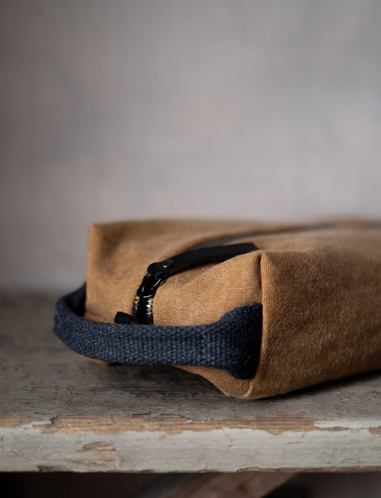 I beauty case unisex in canvas di cotone stone-washed